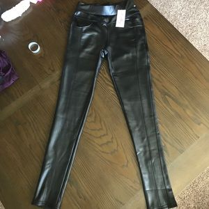 Kathy pleather legging